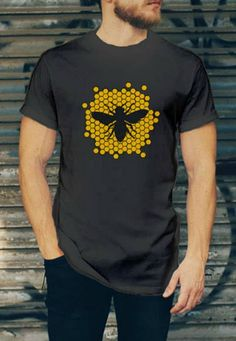 Honey Comb T-shirt for Men - Honey Bee Shirt. #ad #Etsy #bee #bees #honeycpmb #tshirt #raisingbees