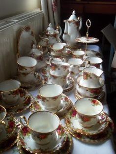 """This is my China pattern""""Old Country Roses"""" It will go to my first married Granddaughter"""""""