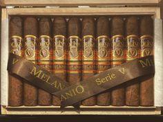 Oliva V Melanio Robusto cigar #purosever #cigar Cigar Club, Pipes And Cigars, Smoking Pipes, Smoke Shops, Zippo Lighter, Bourbon, Boss, Action, Drink