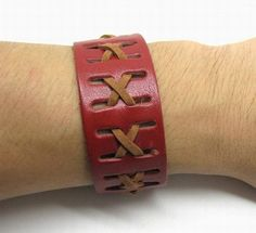 Shoply.com -Fashion leather bracelet made by brown leather Button structure. Only $4.50
