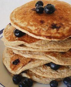 Vegane Pancakes: http://www.gofeminin.de/kochen-backen/protein-pancakes-s1540143.html
