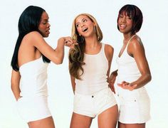 """poormichelle:""""The time Beyonce was like, """"Oh girl you are NOT touching my weave! Poor Michelle, Farrah Franklin, Beyonce Knowles Carter, Beyonce Style, Destiny's Child, Michelle Williams, Celebs, Celebrities, Photoshoot"""
