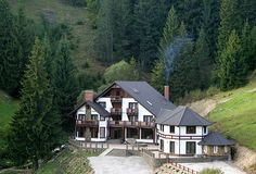Poiana Izvoarelor, Vatra Dornei,Romania To Go, Cabin, Spaces, Country, House Styles, Home Decor, Rural Area, Room Decor, Cabins