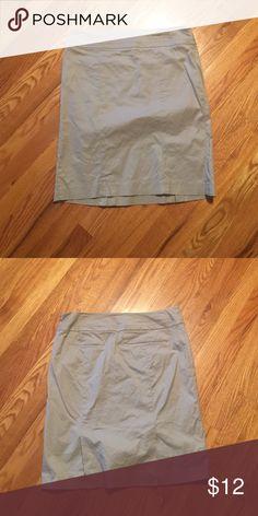 Grey skirt Cotton, 2 slits in the back LOFT Skirts