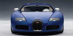 AUTOart: 2009 Bugatti EB Veyron - Bleu Centenaire/ Blue Metallic in scale Autoart Diecast, Die Games, Diecast Model Cars, Bugatti Veyron, Cool Cars, Dream Cars, Metallic, Vehicles, Remote