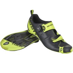 The SCOTT Tri Carbon shoe was built to dominate the bike split and deliver a rapid transition. Sport Bike Helmets, Sport Bikes, Neon Yellow Shoes, Black Shoes, Triathlon Gear, Road Cycling Shoes, Scott Sports, Bike Shoes, Nike