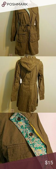 Cute Lightweight Jacket Old Navy, size large.  Lightweight jacket with hood. Detailing with flowery print on edge where zipper is, rest of jacket is olive/military green color.  Has 4 pockets, 2 on top & 2 on bottom. Can be cinched in or left loose. NWT. 100% cotton. Old Navy Jackets & Coats Utility Jackets