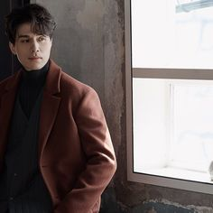 Asian Actors, Korean Actors, Lee Dong Wok, Medium Length Hair Men, Gong Yoo, Kdrama Actors, King Kong, Man Crush, Celebrity Crush