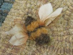 beehive rug hooking | Kris Miller from Spruce Ridge Studios: Rug of the Day-January 3rd