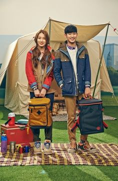 Kim Soo Hyun and Suzy have a romantic date for 'Beanpole Outdoor' | allkpop.com