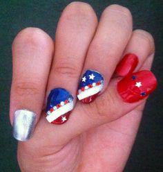 4th of July nail art! #SephoraNailspotting #4thofJuly