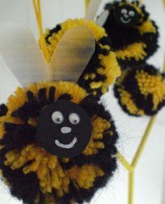Make a Pom pom bumble bee. great spring craft :) via pom pom emporium