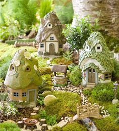 Create a delightful miniature fairy garden with our detailed Round Solar Fairy Houses that light up at night. Our weatherproof resin fairy houses make any mi… Mini Fairy Garden, Fairy Garden Houses, Garden Cottage, Fairy Gardening, Garden Whimsy, Solar Fairy House, Fairy Village, Forest Village, Fairy Garden Accessories