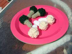 Broccoli and Cauliflower   Hook, Yarn, and Needles the Old Stuff