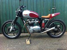 Triumph T140 '77
