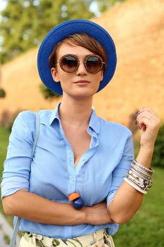 969da136af621 Lovely Hat for short hair Short Hair Outfits