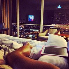 miss-kitten:  miss-fufo:  X  Ugh, I'd love to live high up like this, walls made of windows ❤