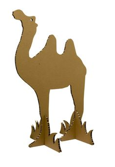 Cardboard Camel, good for the Youth to make for the Fellowship Hall Cardboard Animals, Cardboard Crafts, Paper Crafts, Arabian Party, Arabian Nights Party, Festa Tema Arabian Nights, Christmas Nativity, Christmas Crafts, Ramadan Decoration