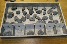 gewoonwij-sorteren-kleuteractiviteit-kleuren-cijfers-aantallen-vormen-dienblad-action-posca-19