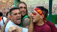 Gabriel Batistuta celebrates winning the title with Roma at the Stadio Olimpico Marcello Lippi, Gabriel, Carlo Ancelotti, Believe, World Cup Winners, As Roma, Zinedine Zidane, The Hard Way