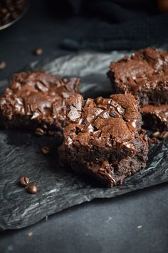 Midnight Mocha Chocolate Chunk Brownies by gringalicious #Brownies #Mocha #Chocolate