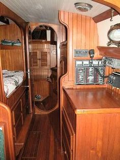 Hans Christian Traditional - SV Pacific Princess located in . Sailboat Interior, Yacht Interior, Sailboat Yacht, Yacht Boat, Luxury Jets, Sailboat Living, Yacht Cruises, Boat Building Plans, Hans Christian