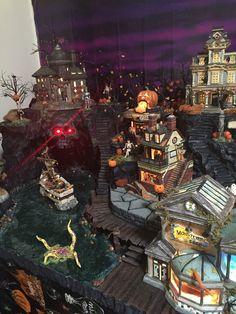 Flickr Halloween Diorama, Halloween Village Display, Halloween Fairy, Fete Halloween, Halloween Home Decor, Halloween House, Halloween Decorations, Model Castle, Department 56