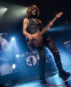 Kevin Chown playing for Tarja Turunen live at Batschkapp, Frankfurt, Germany. The Shadow Shows, 12/10/2016 #tarja #tarjaturunen #theshadowshows #tarjalive PH: Jan Heesch for https://web.facebook.com/rockgenuine/