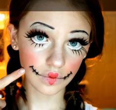 Looking for for inspiration for your Halloween make-up? Browse around this website for cute Halloween makeup looks. Rag Doll Makeup, Creepy Doll Makeup, Broken Doll Makeup, Cute Doll Makeup, Broken Doll Costume, Creepy Doll Costume, Scary Dolls, Costume Makeup, Cute Halloween Makeup