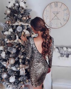 "4,121 mentions J'aime, 48 commentaires - The Haute Hunter™ (@the_haute_hunter) sur Instagram : ""Christmas mood ✨⚡️"""