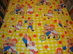 VINTAGE RAGGEDY ANN & ANDY CHILDREN'S BEDROOM CURTAINS