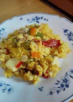Arroz amarillo con fogonero!! Fried Rice, Fries, Ethnic Recipes, Food, Crock Pot, Dishes, Yellow Rice, Dishcloth, Food Recipes
