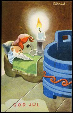 AUKRUST. Mittet Serie N 2731 1944 Nisse sover i tresko. God Jul. Vintage Christmas Cards, Christmas Greeting Cards, Christmas Art, Christmas Greetings, Vintage Cards, Christmas Decorations, Christmas Postcards, Norwegian Christmas, Scandinavian Christmas