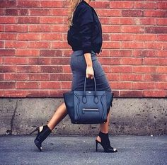 KenzaZouiten wearing bomber jacket, ankle boots and celine bag Kenza Zouiten, Chanel, Minimal Chic, Fashion Addict, Casual Chic, Passion For Fashion, Autumn Winter Fashion, Leather Backpack, Womens Fashion