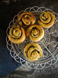 KUCHARNIA: Garlic rolls - ślimaczki z czosnkiem niedźwiedzim.