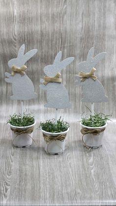 Dollar Store Easter Decorations - Easy Crafts - How To Make Bunny Pots . - Dollar Store Easter Decorations – Easy Crafts – How To Make Bunny Pots – Simple Home Decorati - Diy Crafts How To Make, Diy Home Crafts, Easy Diy Crafts, Easy Easter Crafts, Diy Home Decor, Diy Osterschmuck, Fun Diy, Diy Para A Casa, Diy Simple