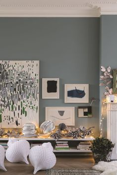 Wimborne white and oval room blue in estate emulsion hallway colours, bedroom wall colors, Living Room Decor Colors, Dining Room Colors, Bedroom Wall Colors, Living Room Color Schemes, Room Paint Colors, Living Room Designs, Kitchen Paint Colours, Farrow And Ball Living Room, Home Living Room