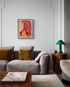 Learn more about how to style your living room design into a modern aesthetic! Add the modern decor touch to your home interior design project! This Scandinavian home decor might just be what your home decor ideas are needing right now! Home Interior Design, House Interior, Minimalist Living Room, Home, Cheap Home Decor, Interior, Living Decor, Retro Home Decor, Retro Home
