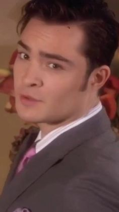Nate Gossip Girl, Gossip Girl Scenes, Gossip Girl Quotes, Chuck From Gossip Girl, Im Chuck Bass, Chuck Bass Quotes, Hot Guys Tattoos, 365days, Movies And Series