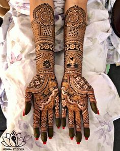 wedding a beautiful day is incomplete without mehndi design indian. mehndi design indian wedding is full of masti and also creativity. check out some amaing mehndi design indian arabic. WHICH ONE IS BEST mehndi design indian? Wedding Henna Designs, Engagement Mehndi Designs, Latest Bridal Mehndi Designs, Mehndi Designs 2018, Mehndi Design Photos, Latest Mehndi, Rajasthani Mehndi Designs, Indian Henna Designs, Full Hand Mehndi Designs