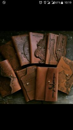 Leather Book Covers, Leather Books, Diy Leather Notebook Cover, Leather Cover, Leather Tooling, Leather Wallet, Leather Notepad, Handmade Books, Handmade Journals