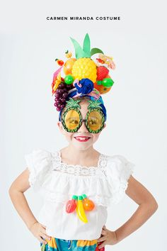 This goes along with my love for Boca - a simple and colorful DIY fruit hat by Carmen Miranda. Perfect for a Halloween costume! This goes along with my love for Boca - a simple and colorful DIY fruit hat by Carmen Miranda. Perfect for a Halloween costume! Clever Halloween Costumes, Homemade Halloween, Diy Costumes, Halloween Kids, Halloween Crafts, Halloween Party, Costume Ideas, Halloween Series, Creative Costumes