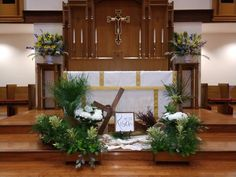 My husband made the cross, my son did the ropes on it. Used white linen and burlap material and Palm tree and greenery in flower boxes with white hydrangeas. Alter flowers, lillies, mum's, dragon snaps and many other colors. Easter Altar Decorations, Centerpiece Ideas, Alter Flowers, Church Flowers, Alter Decor, Easter Flower Arrangements, White Hydrangeas, Christmas Favors, Palm Sunday