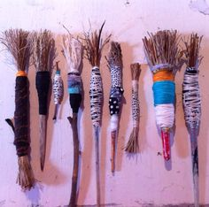 Hand made brushes Lorna Crane Sketching Techniques, Painting Techniques, Painting Tools, Drawing Tools, Brooms And Brushes, Pinhole Camera, Mark Making, Art Plastique, Art Sketchbook