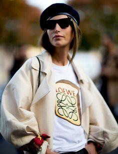 Oui au béret porté en mode plus fashion que tradi !