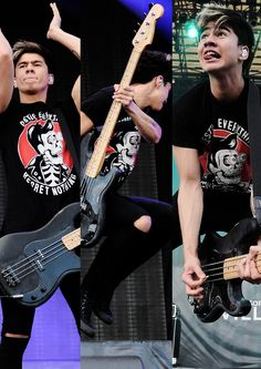 WHHHHHYYYY!? WHY WOULD YOU DO THIS TO ME CALUM WHY!? I LOVE YOU SO MUCH, JUST MARRY ME ALREADY!<3