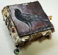 crow painting journal cover I just love crows! Kunstjournal Inspiration, Art Journal Inspiration, Handmade Journals, Handmade Books, Handmade Notebook, Altered Books, Altered Art, Crow Books, Book Art