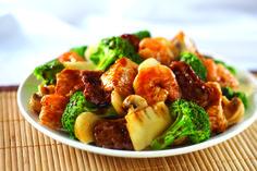 Tasty medley of shrimp, tender beef, chicken breast, fresh broccoli, mushrooms and bamboo shoots in a mushroom soy sauce.  #Chinese #Food #PandaInn