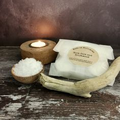A mesmerising floral marine scent where refreshing notes of seaweed and green algae lie in cool rock pools livened by a fresh coastal breeze and enhanced by touches of cyclamen and water lily.  At the base of the fragrance, sparkling salt crusted driftwood is warmed by amber, patchouli and musk. This set of 6 tea lights are hand poured with an approximate burning time of 4 hours each using fragrance oil and soy wax. The tea light cups and packaging are fully recyclable Tea Light Candles, Tea Lights, Green Algae, Cool Rocks, Rock Pools, 4 Hours, Seaweed, Fragrance Oil, Driftwood