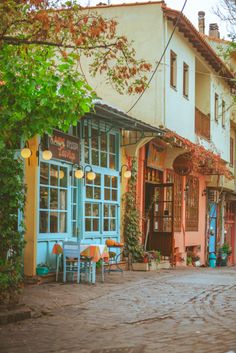 Tavern in Thessaloniki town, Macedonia, Greece Packing Tips For Travel, Travel Goals, Travel Guide, Greece Travel, Italy Travel, Travel Europe, City Break, India Travel, Travel Pictures